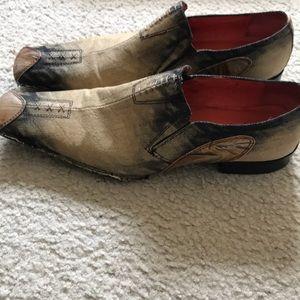 Robert Wayne wing tip dress shoe